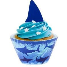Shark Party 8 Cupcakewrappers