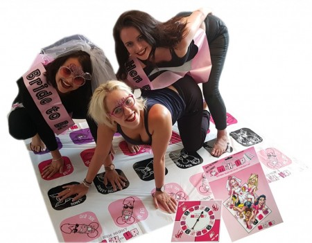 Hen Night Tangle Game